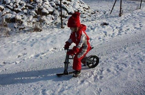 Odrážedlo FirstBIKE i na sněhu