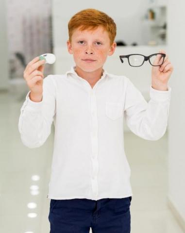 Kontaktní čočky pro aktivní děti
