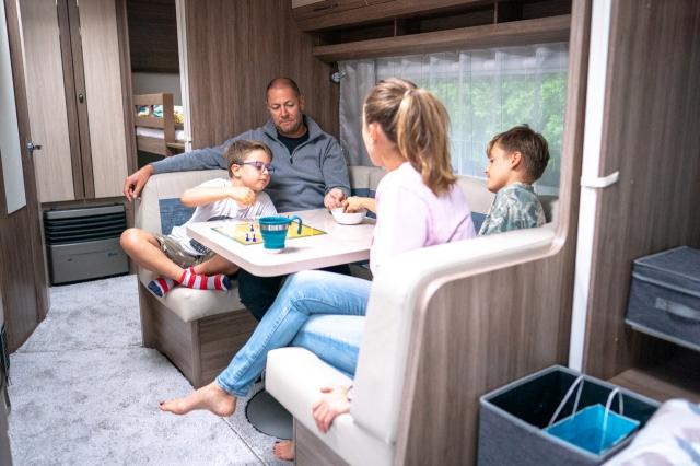 Užijte si cestování s dětmi v obytném karavanu